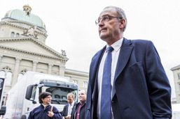 La presse romande prudente après l'élection de Guy Parmelin au Conseil fédéral