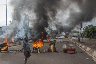 Troubles sanglants au Mali, un influent imam appelle au calme