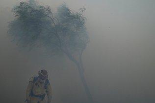 Californie: violent feu de broussailles, 60'000 personnes évacuées