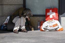 Toujours plus de pauvres