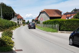 Tests cantonaux sur une route à Frasses