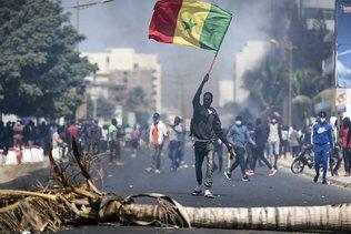 Quatre morts dans les pires émeutes depuis des années au Sénégal