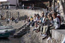 Ascona impose le port du masque à l'extérieur
