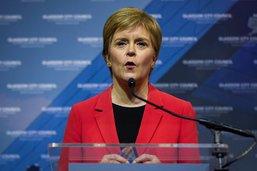 Victorieux, les indépendantistes écossais exigent un référendum