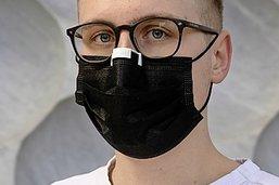 Un clip antibuée pour les porteurs de lunettes