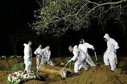 Le Brésil en plein chaos funéraire