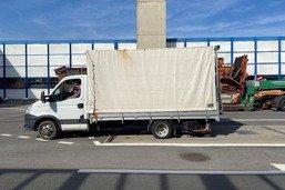 Un véhicule de livraison surchargé intercepté à Rossens