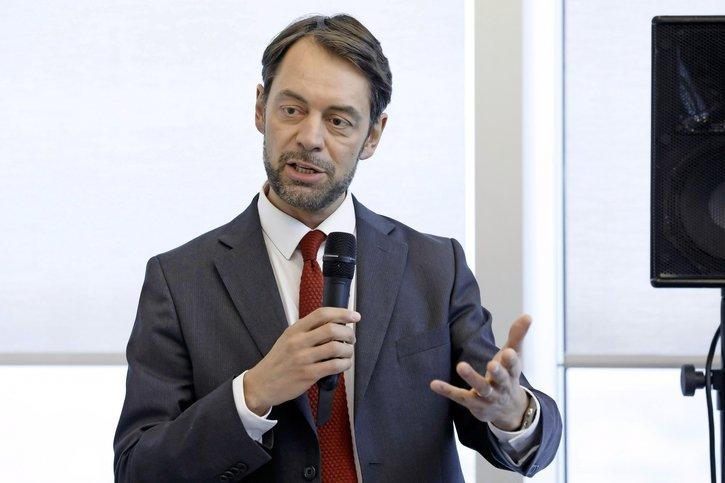 Pascal Crittin: «Nous devons comprimer nos budgets»