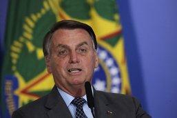"""Bolsonaro perd ses nerfs devant la presse """"de merde"""""""