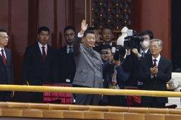 """100 ans du PCC: Xi célèbre l'essor """"irréversible"""" de la Chine"""