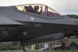 Choix du F-35A: une décision opaque et un signal désastreux