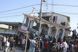 Au moins 724 morts en Haïti, recherches frénétiques dans les décombres