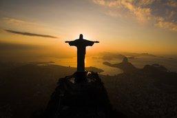 Français interpellés après l'escalade du Christ rédempteur de Rio