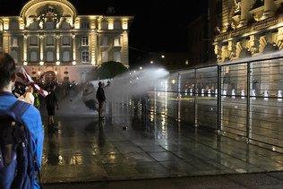 "Manifestation: les ""Freiheitstrychler"" se distancient des violences"