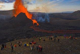 L'éruption en Islande devient la plus longue depuis plus de 50 ans