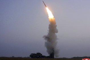 La Corée du Nord a lancé un missile balistique, selon Séoul
