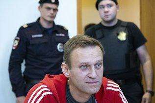 "L'opposant russe Navalny ""honoré"" d'avoir reçu le prix Sakharov"