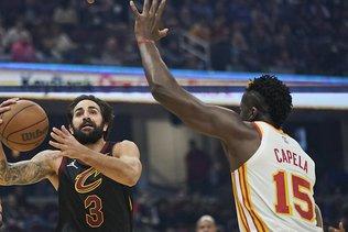 Capela et les Hawks battus à Cleveland